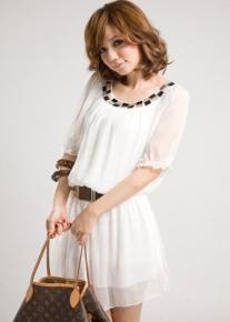 Шифоновое платье с декольте