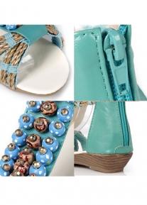 Сандалии с плетением и декоративными камнями
