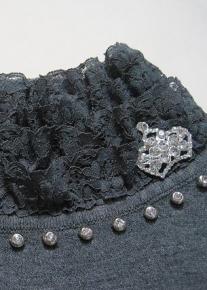Кофточка с кружевным воротничкои и рукавами