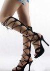 Босоножки на платформе со шнуровкой до колена